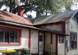 Foreclosure Home in Umatilla, FL, 32784,  E LAKE ST ID: P1402566