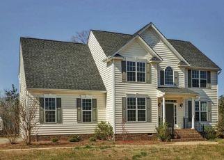 Casa en ejecución hipotecaria in Ashland, VA, 23005,  COLONNADE CIR ID: P1404166