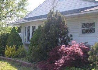 Casa en ejecución hipotecaria in Levittown, PA, 19054,  BALD CYPRESS LN ID: P1405372