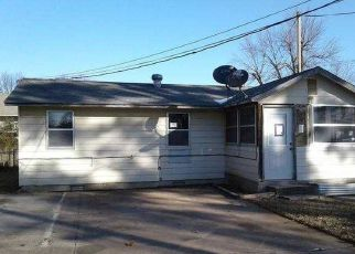 Foreclosure Home in Springdale, AR, 72764,  CHARLES AVE ID: P1409269