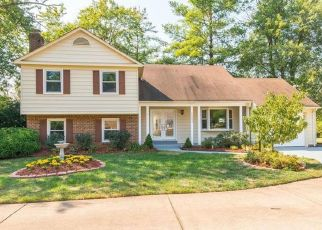 Casa en ejecución hipotecaria in Herndon, VA, 20170,  FORBES GLEN DR ID: P1409743