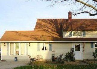 Casa en ejecución hipotecaria in Levittown, PA, 19054,  NEWBERRY LN ID: P1411587