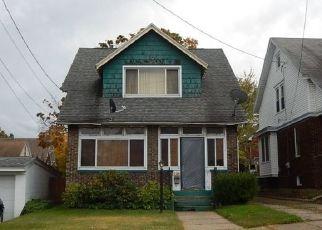 Casa en ejecución hipotecaria in Erie, PA, 16507,  E 4TH ST ID: P1411618