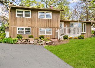 Casa en ejecución hipotecaria in Mchenry, IL, 60051,  W EDGEWOOD DR ID: P1413261