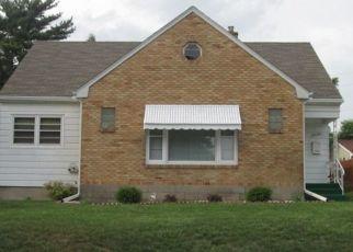 Foreclosure Home in Rockford, IL, 61108,  19TH AVE ID: P1416067