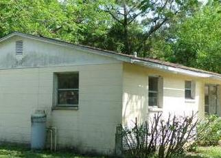 Foreclosure Home in Tampa, FL, 33619,  BEECHWOOD BLVD ID: P1421310