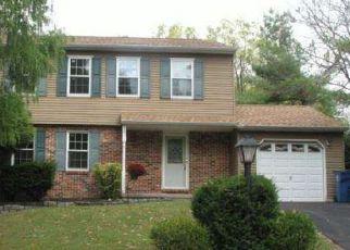 Casa en ejecución hipotecaria in Lansdale, PA, 19446,  BELLOWS WAY ID: P1421440
