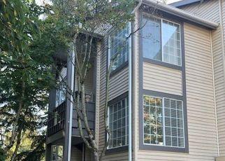 Casa en ejecución hipotecaria in Kent, WA, 98030,  116TH AVE SE ID: P1468234