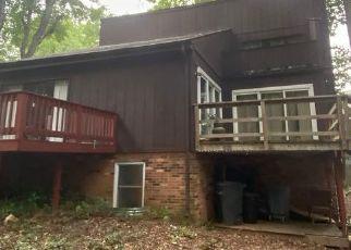 Casa en ejecución hipotecaria in Burke, VA, 22015,  RAINTREE RD ID: P1540826