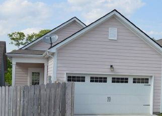 Foreclosure Home in Columbia, TN, 38401,  DUXBURY DR ID: P1423096