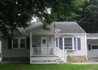 Casa en ejecución hipotecaria in Clinton, NY, 13323,  SANFORD AVE ID: P1426525