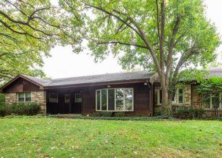 Casa en ejecución hipotecaria in Flossmoor, IL, 60422,  BUTTERFIELD RD ID: P1432580