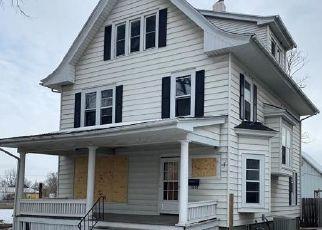Foreclosed Homes in Cedar Rapids, IA, 52404, ID: P1442407