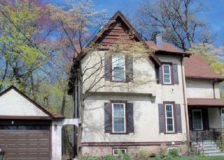 Casa en ejecución hipotecaria in Pelham, NY, 10803,  PELHAMDALE AVE ID: P1445472