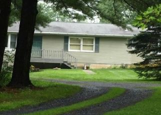 Casa en ejecución hipotecaria in Walnutport, PA, 18088,  BUTTERNUT DR ID: P1453146