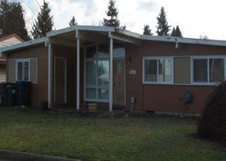 Casa en ejecución hipotecaria in Seattle, WA, 98148,  S 188TH ST ID: P1456909
