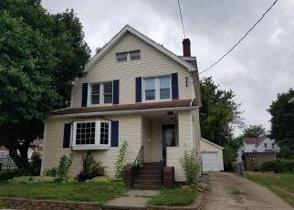 Casa en ejecución hipotecaria in Barberton, OH, 44203,  16TH ST NW ID: P1457249