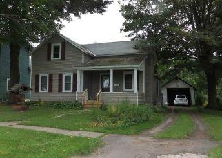 Casa en ejecución hipotecaria in Norwood, NY, 13668,  ELM ST ID: P1458586
