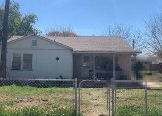 Casa en ejecución hipotecaria in Lamont, CA, 93241,  DI GIORGIO RD ID: P1459387