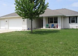 Casa en ejecución hipotecaria in Sheboygan Falls, WI, 53085,  COLUMBINE LN ID: P1461164