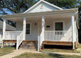 Casa en ejecución hipotecaria in Mount Rainier, MD, 20712,  37TH ST ID: P1462891