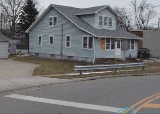 Casa en ejecución hipotecaria in Holland, OH, 43528,  FRONT ST ID: P1463778