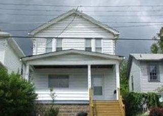 Casa en ejecución hipotecaria in Homestead, PA, 15120,  PERRY ST ID: P1467314