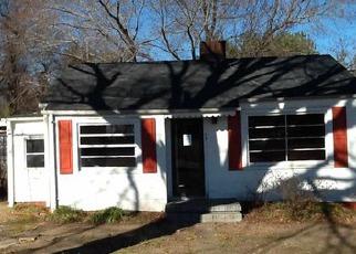 Casa en ejecución hipotecaria in Inman, SC, 29349,  S HOWARD ST ID: P1469628