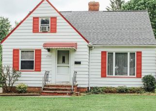 Casa en ejecución hipotecaria in Cleveland, OH, 44121,  BEACONWOOD AVE ID: P1470031