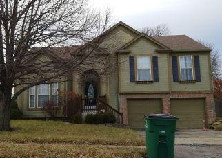 Casa en ejecución hipotecaria in Lees Summit, MO, 64063,  SE WINCHESTER DR ID: P1470722