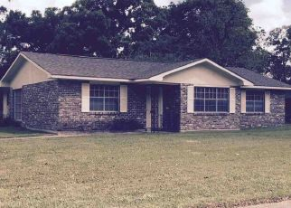 Foreclosure Home in Baton Rouge, LA, 70815,  SHERMOOR DR ID: P1471225