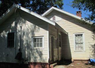 Casa en ejecución hipotecaria in Spartanburg, SC, 29301,  BREEZE ST ID: P1475443