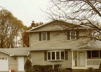 Casa en ejecución hipotecaria in Vestal, NY, 13850,  PEARL ST ID: P1477198