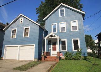 Casa en ejecución hipotecaria in Ansonia, CT, 06401,  CHERRY ST ID: P1477481
