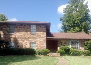 Foreclosure Home in Belle Chasse, LA, 70037,  MAGNOLIA DR ID: P1478375