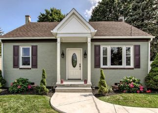 Casa en ejecución hipotecaria in Mountville, PA, 17554,  E NEW ST ID: P1478469