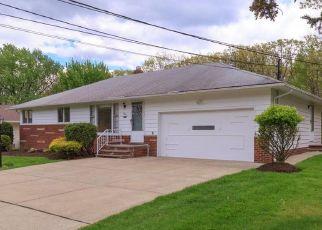 Casa en ejecución hipotecaria in Independence, OH, 44131,  SHADY LN ID: P1482470