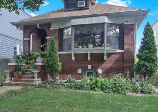 Casa en ejecución hipotecaria in Forest Park, IL, 60130,  MARENGO AVE ID: P1483877