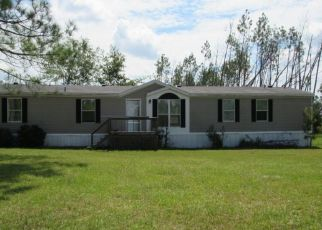 Casa en ejecución hipotecaria in Fountain, FL, 32438,  PINEGROVE AVE ID: P1484590