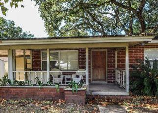 Casa en ejecución hipotecaria in Fernandina Beach, FL, 32034,  S 5TH ST ID: P1493250