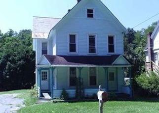 Casa en ejecución hipotecaria in Fort Johnson, NY, 12070,  FT JOHNSON AVE ID: P1495197