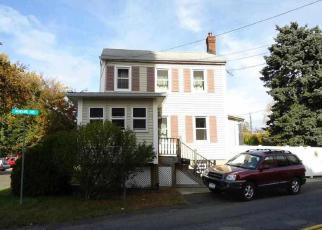 Casa en ejecución hipotecaria in Waterford, NY, 12188,  MOHAWK AVE ID: P1495212