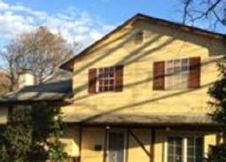 Casa en ejecución hipotecaria in Fairless Hills, PA, 19030,  PARKWAY CIR ID: P1496625