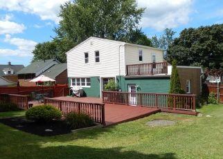 Casa en ejecución hipotecaria in Lake View, NY, 14085,  OLD LAKE SHORE RD ID: P1498488