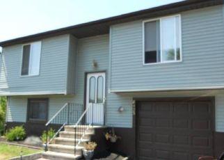 Casa en ejecución hipotecaria in Cicero, NY, 13039,  TORCHWOOD LN ID: P1498865