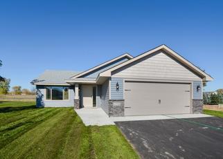Casa en ejecución hipotecaria in Cambridge, MN, 55008,  17TH AVE SE ID: P1499350