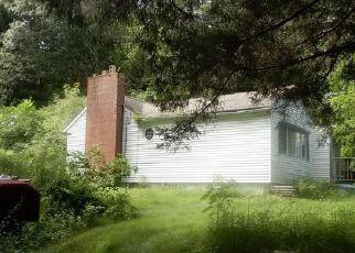 Casa en ejecución hipotecaria in Tolland, CT, 06084,  MERROW RD ID: P1499735