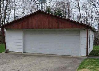 Foreclosure Home in De Kalb county, IN ID: P1500934