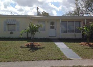 Casa en ejecución hipotecaria in Port Charlotte, FL, 33952,  HOLDERN AVE ID: P1501773