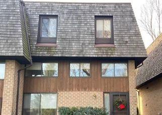 Casa en ejecución hipotecaria in Pelham, NY, 10803,  THE HAMLET ID: P1503785
